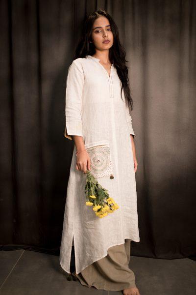Anushri White